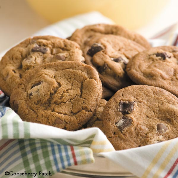 Gooseberry Patch Recipes Shirley S Chocolate Chip Cookies From Christmas Cookie Jar